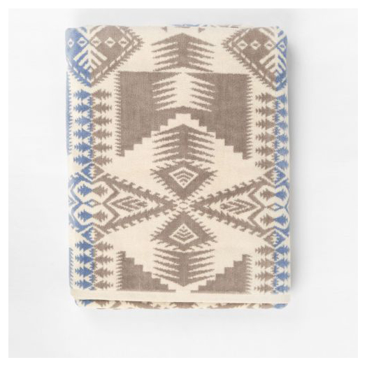 PENDLETON Oversized Jacquard Towel