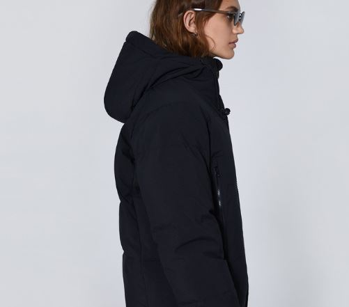 THE ARRIVALS AER Goose-Down Puffer in Black