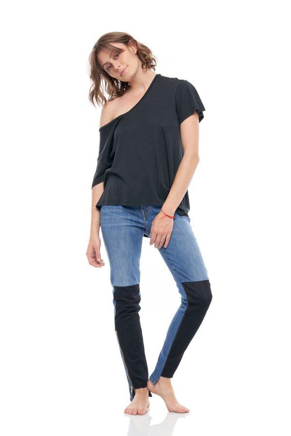 SANDRINE ROSE V-Neck Short Sleeve Cashmere Rib Tee with Back Print