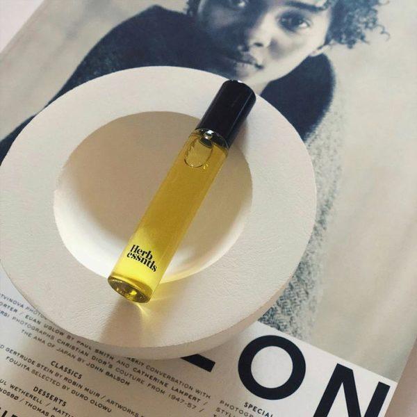 HERB ESSENTIALS Perfume Oil 10 ml