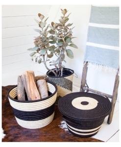 ROSE & FITZGERALD Hand-woven Palm Bullseye Basket