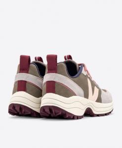 VEJA Venturi Tri-Color Sport Sneaker