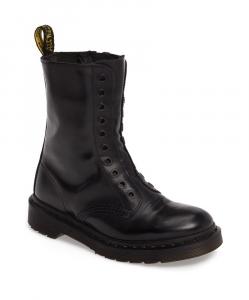 VETEMENTS x DR MARTENS Borderline Boots