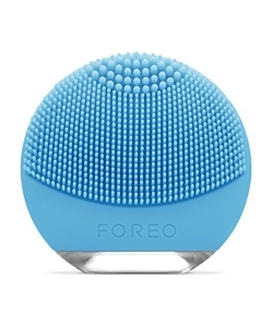 FOREO LUNA Go Facial Cleansing & Anti-Aging Device On The Go!