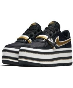 NIKE Vandal 2K Sneaker