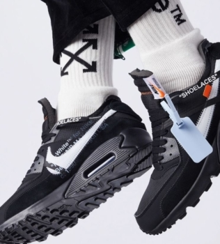 THE TEN: NIKE AIR MAX 90 'BLACK' AND 'DESERT ORE' FLEX IN NEW SEASON OFF-WHITE