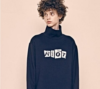 [Unisex] Riot Boucle Sweatshirts(black)