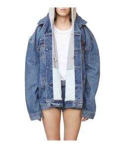 VETEMENTS x LEVIS Denim Jacket