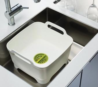 Joseph Joseph Wash & Drain – Washing up bowl with plug